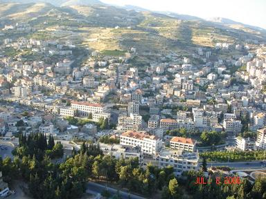 Zahle Overview - Picture taken from the St. Mary Status on Tell Shiha